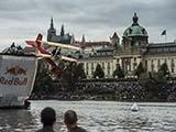 Летательный день Рэд булл  Red Bull Air в Праге