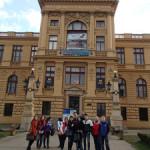 Весенние каникулы в Праге с подготовительными курсами чешского языка в Праге. Марш Парад «Карлов мост»  или Украинский эксклюзив покоряет Европу