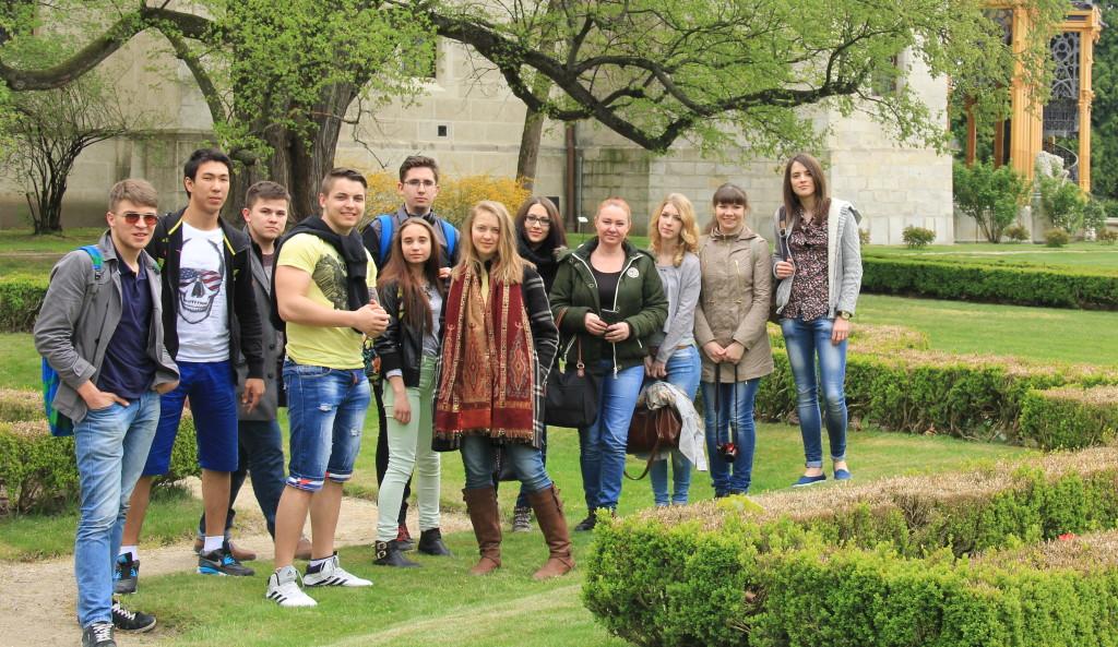 30.04.2015 экскурсия в замок Чехия студенты