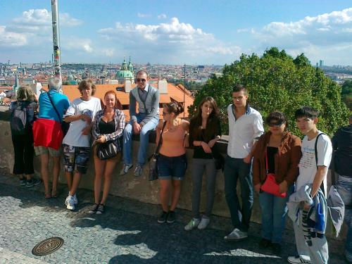 krasivyy-vid-praga Поздравляем Всех с новым учебным годом! 2012/2013