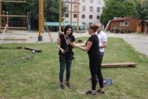 vruchenie-sertifikatov-kursy-cheshskogo (9) Фотографии с вручения сертификатов об окончании годового курса чешского языка 2015/16